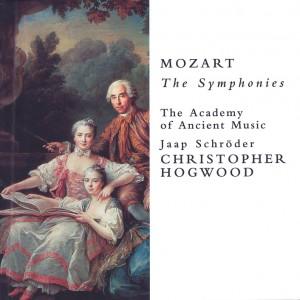 Mozart: Symphonies —Hogwood; CD cover