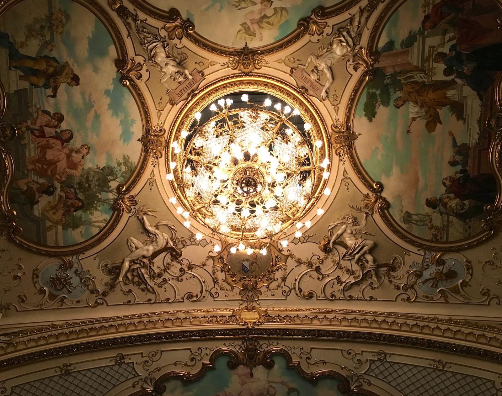 Zurich Opera, ceiling, 2017-10-02 (© Rolf Kyburz)