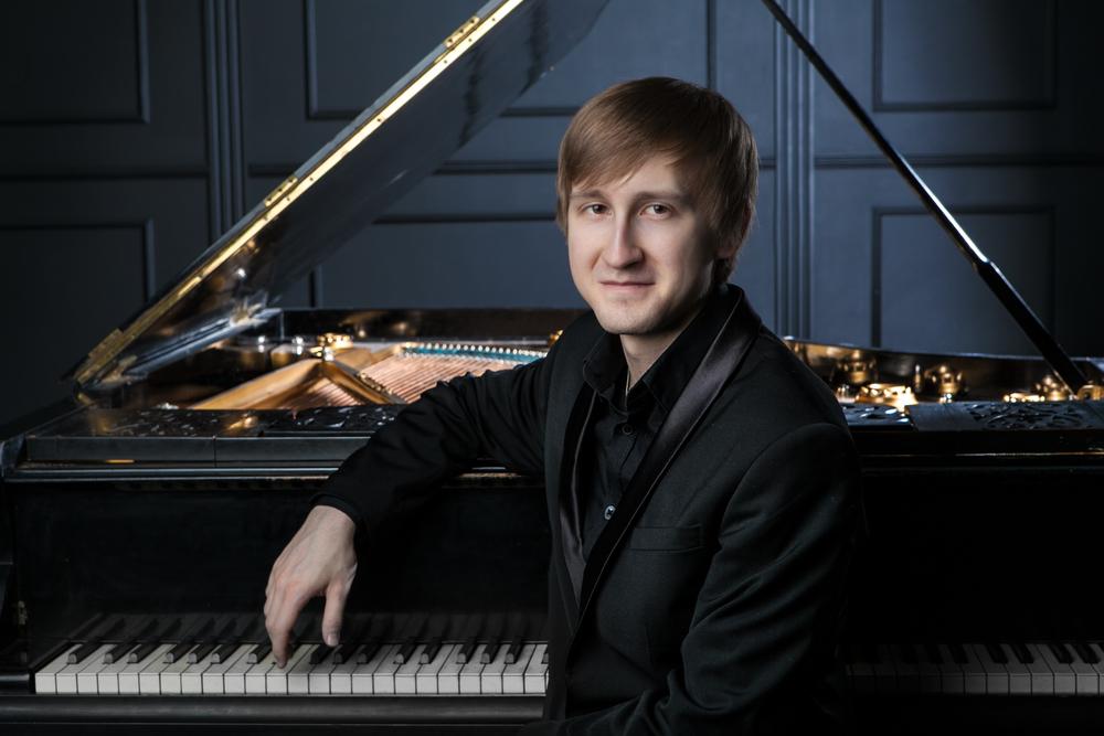 Dmitry Masleev (source: dmitry-masleev.com)