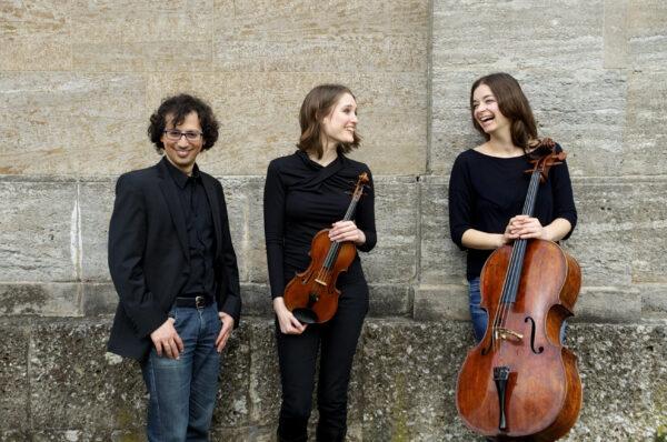 Oberon Trio (© Neda Navaee)
